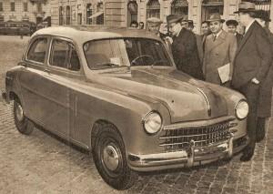 Fiat_1400_presentata_a_De_Gasperi